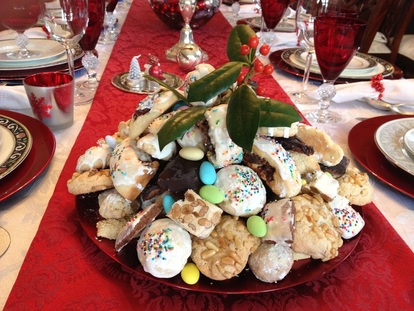 Struffoli the food table other italian christmas cookies forumfinder Choice Image